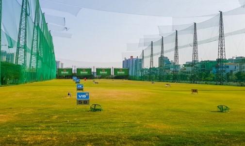 quảng cáo tại sân golf