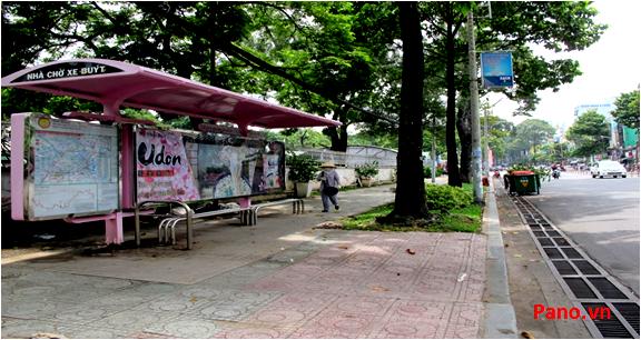 Quảng cáo nhà chờ xe buýt đối diện 115 - 117 Trương Định,