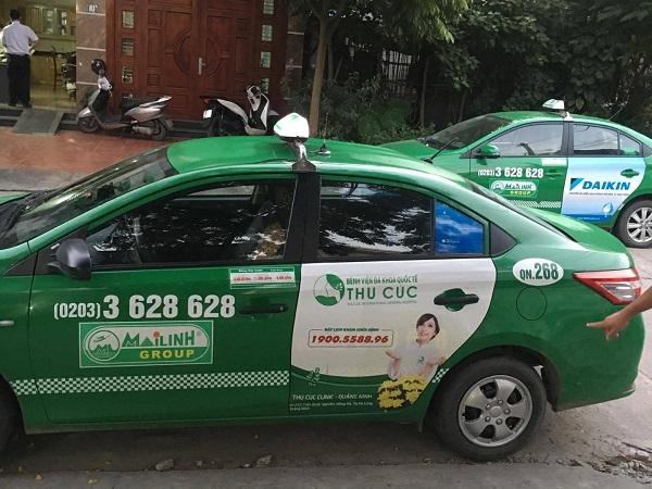 Thu Cúc Clinics quảng cáo trên xe taxi