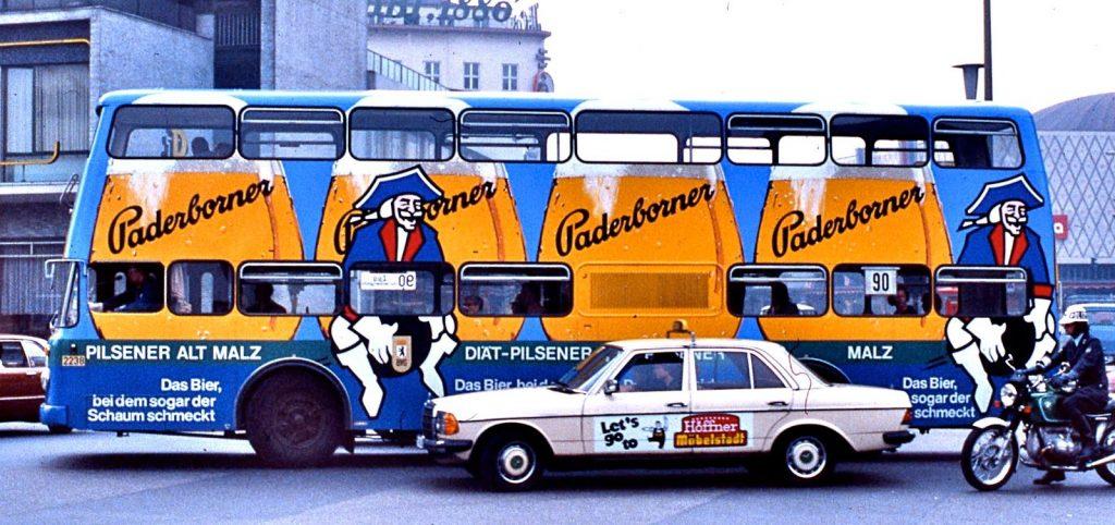 quảng cáo taxi và xe bus