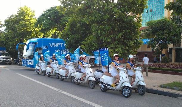 Quảng cáo Roadshow đoàn người