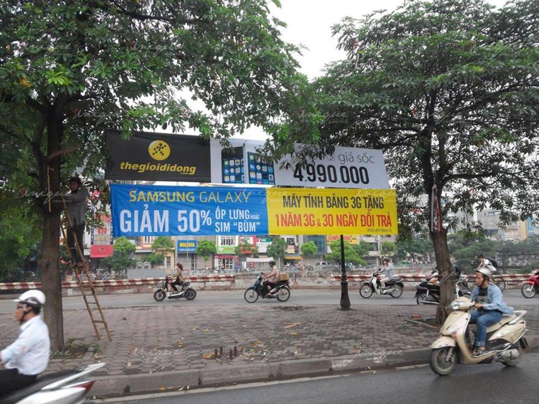 quảng cáo treo banner băng rôn cờ phướn
