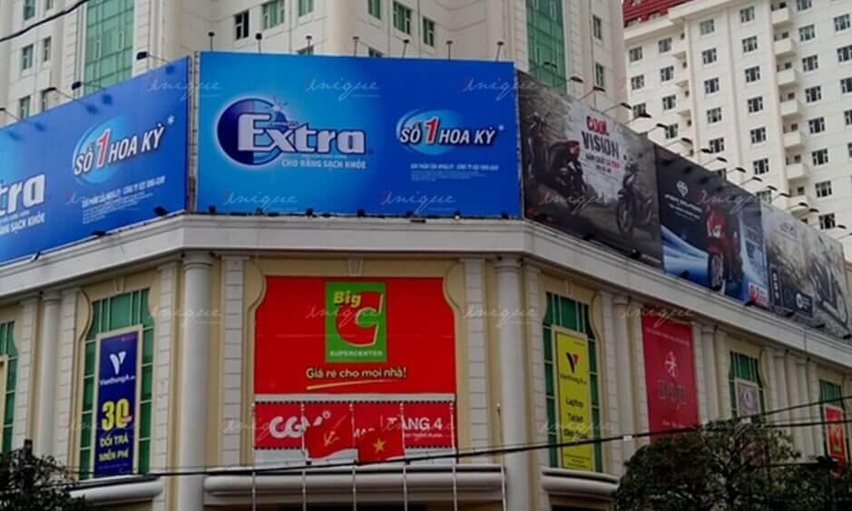 quảng cáo biển bảng tại siêu thị