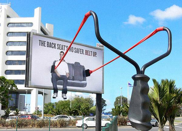quảng cáo ngoài trời vì cộng đồng
