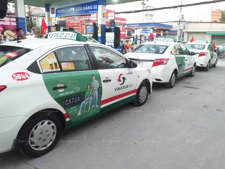 thiết kế maquette quảng cáo taxi