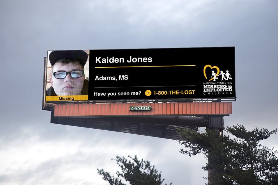 lamar quảng cáo biển bảng tìm trẻ lạc