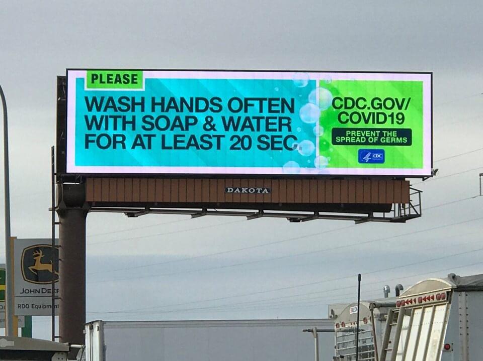 quảng cáo ngoài trời chống covid-19