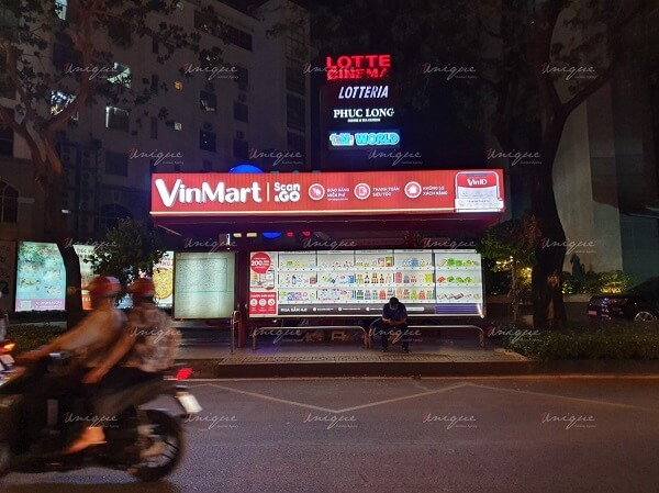 vinmart scan&go quảng cáo ngoài trời