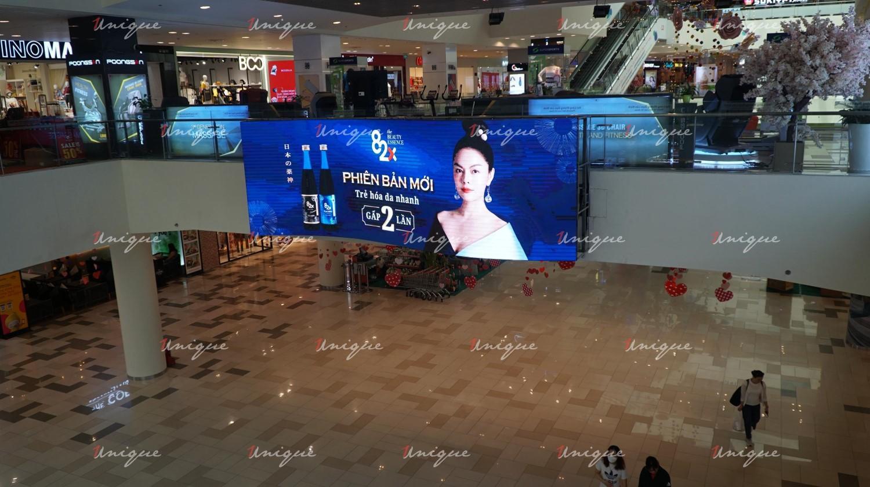 82X Beauty quảng cáo ngoài trời